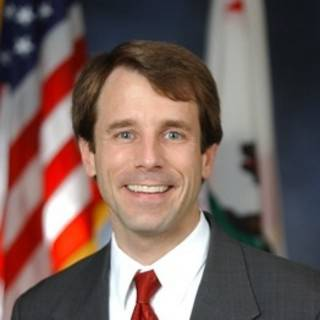 Photo of California Insurance Commissioner Dave Jones
