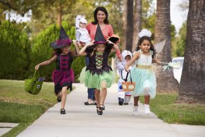 Trick-o-treating for halloween
